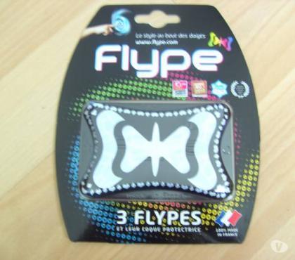 Photos Vivastreet 3 Flypes et leur coque protectrice (Neufs)