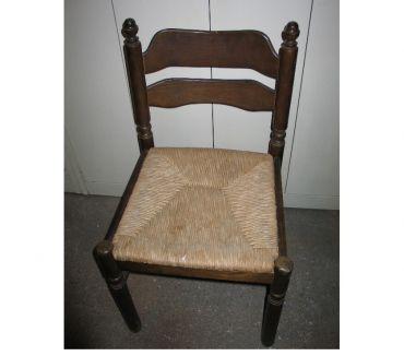 Photos Vivastreet Chaise robuste d'appartement