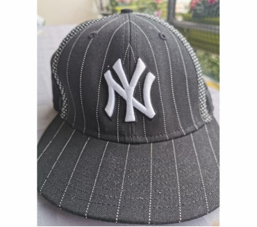 Photos Vivastreet Casquette N.Y New Era