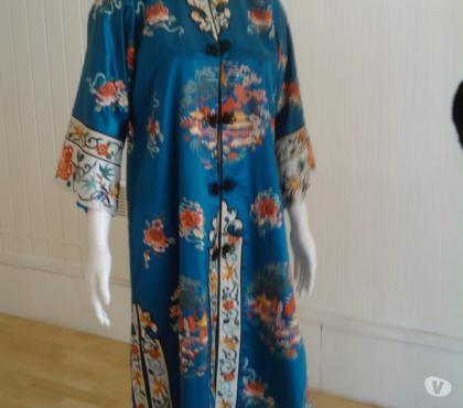 Photos Vivastreet Robe d'hôtesse en soie haute couture