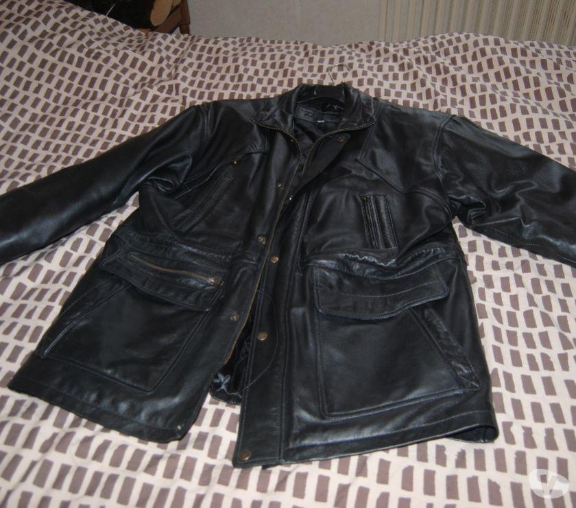 Photos Vivastreet lot de 2 veste en cuire