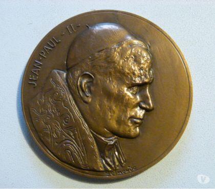 Photos Vivastreet médaille jean paul 2