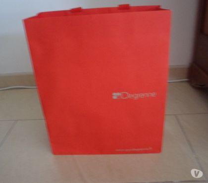 Photos Vivastreet Sac emballage de la marque Guy Degrenne 32 cm