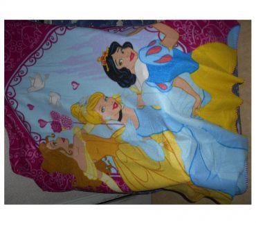 Photos Vivastreet couverture DISNEY princesses filles NEUF