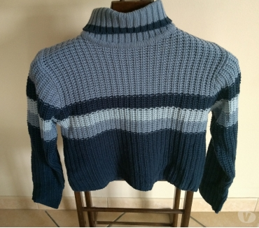 Photos Vivastreet PULL BLEU COL ROULE TBE TAILLE S
