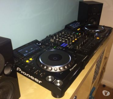 Photos Vivastreet PACK PIONEER 2 CDJ 2000 NEXUS + 1 DJM 900