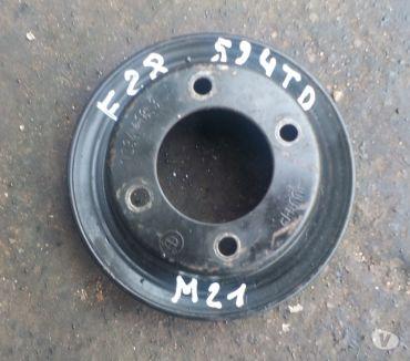 Photos Vivastreet poulie de pompe a eau bmw e28 bmw e30 diesel et turbo d