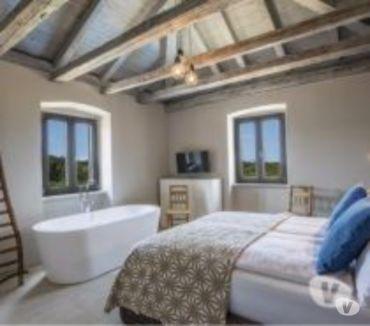 Photos Vivastreet Krk, Superbe villa en pierre avec piscine 10 pers