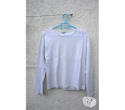 Photos Vivastreet Tee shirt blanc manches longues taille 38