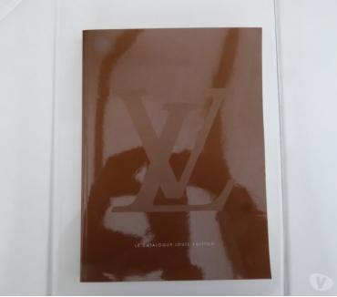 Photos Vivastreet Livre Louis Vuitton catalogue 2002