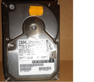 Photos Vivastreet Disque dur IBM Ultrastar Ultra SCSI 3 36.7 GB