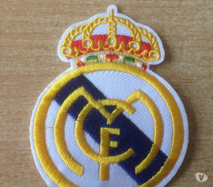 Photos Vivastreet Écusson patch real de madrid 8x6 cm thermocollant