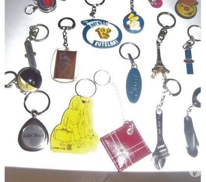 Photos Vivastreet LOT DE 17 PORTE CLEF