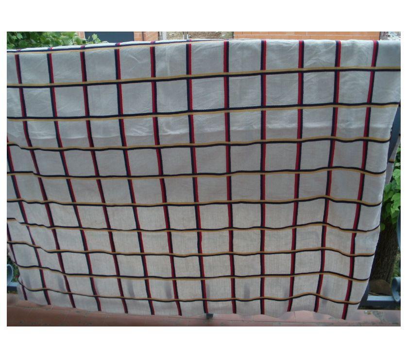 Photos Vivastreet NAPPE BASQUE carrée 140cm