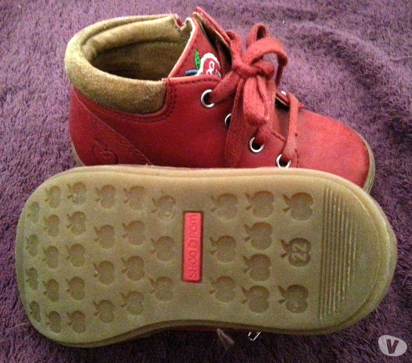 Photos Vivastreet chaussures petite fille shoo pom taille 22