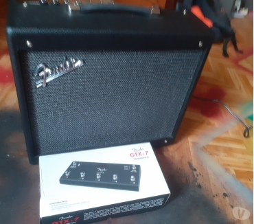 Photos Vivastreet Ampli guitare tender gtx 50 et footswitch