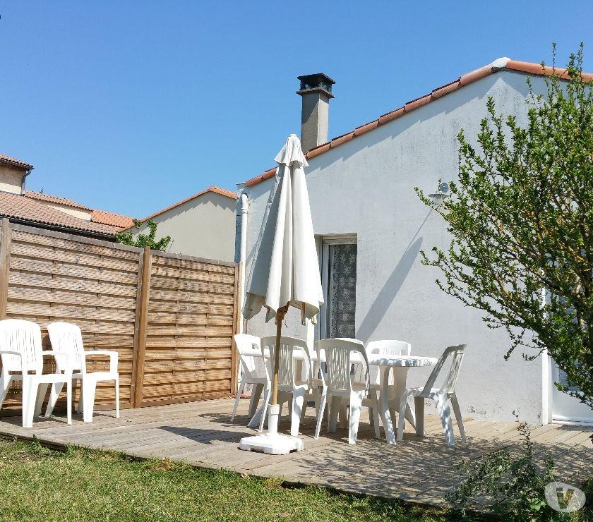 location saisonniere Charente-Maritime Royan - 17200 - Photos Vivastreet MAISON DE VACANCES AVEC JARDIN TOUT CONFORT 7 à 9 PERSONNES