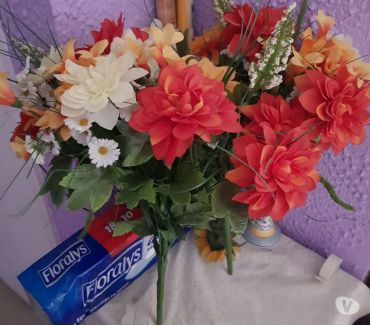 Photos Vivastreet Bouquet de fleurs artificielles