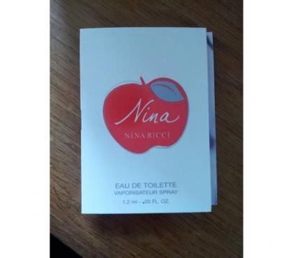 Photos Vivastreet Miniature de Parfum Nina de Nina Ricci