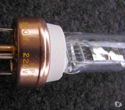 Photos Vivastreet Ampoule halogène 500W240V rétroprojecteurs 3M