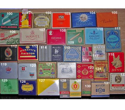 Photos Vivastreet Paquets vides de cigarettes des années 1950's (1)