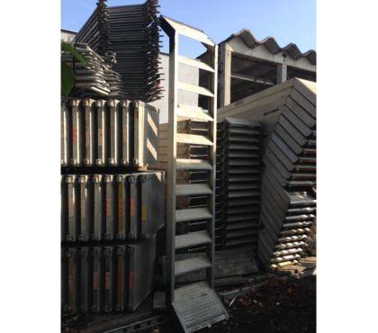 Photos Vivastreet Tour d'escaliers d'occasion 4m Layher facadier