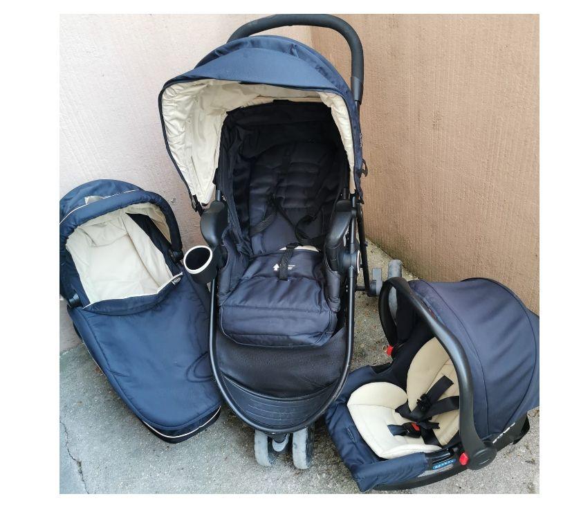 Equipements bébés Seine-Saint-Denis La Courneuve - 93120 - Photos Vivastreet Poussette bleue marine 3 en 1 GRACO