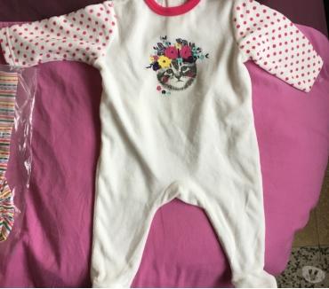 Photos Vivastreet Cause 3 mois cède vêtements bébé neufs