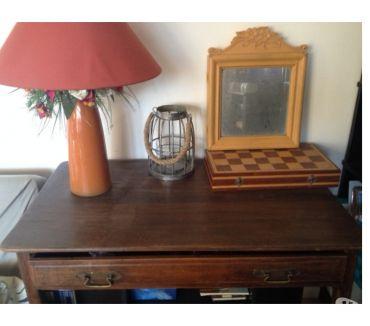 Photos Vivastreet magnifique table secrétaire bois