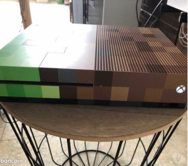 Photos Vivastreet Xbox One S 1TO (Edition Minecraft)