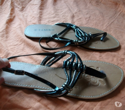 Photos Vivastreet Nu-pieds-Entredoigts Noir Argentés-neufs- à 5 €