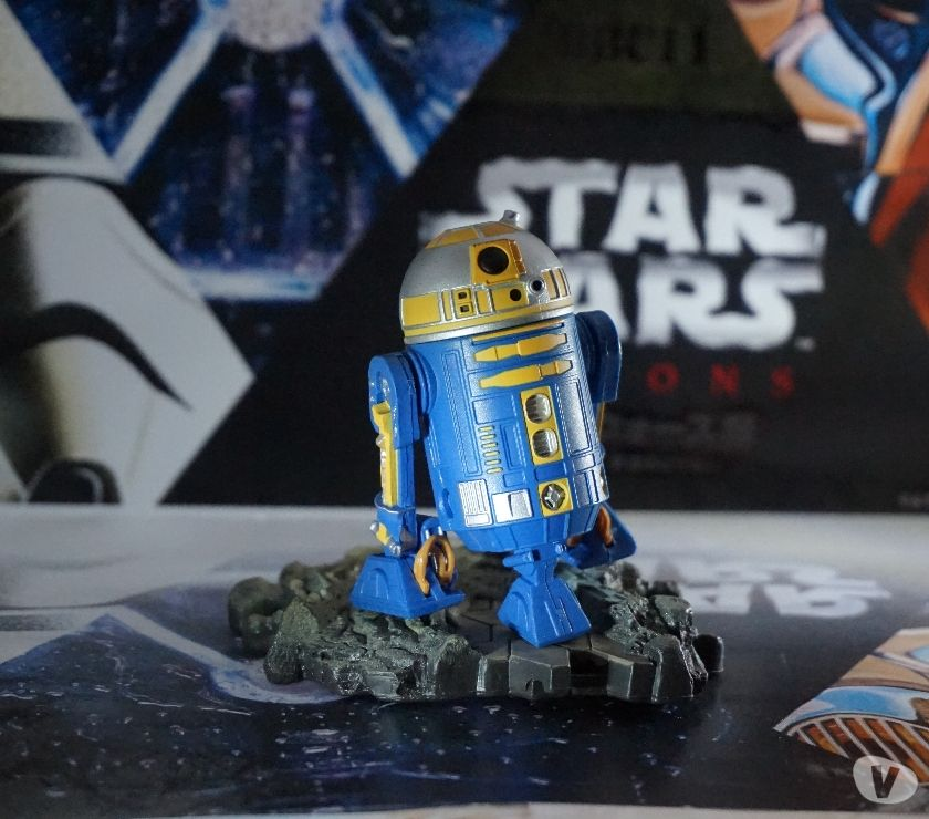 Collection Aude Narbonne - Photos Vivastreet Figurine star wars droide astromech R2-B1 royal