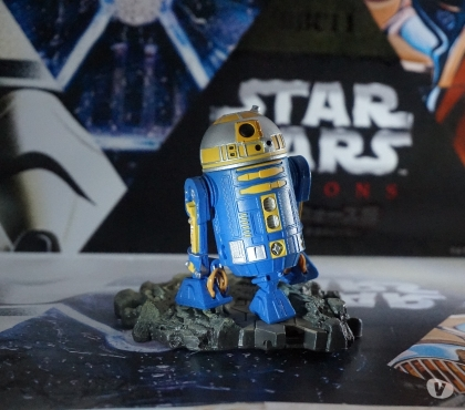 Photos Vivastreet Figurine star wars droide astromech R2-B1 royal