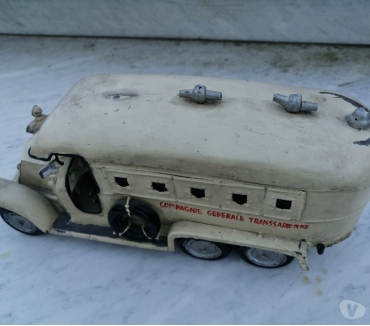Photos Vivastreet Vintage & Rare Bus ou Car En Métal Dans Son Jus Cie Générale