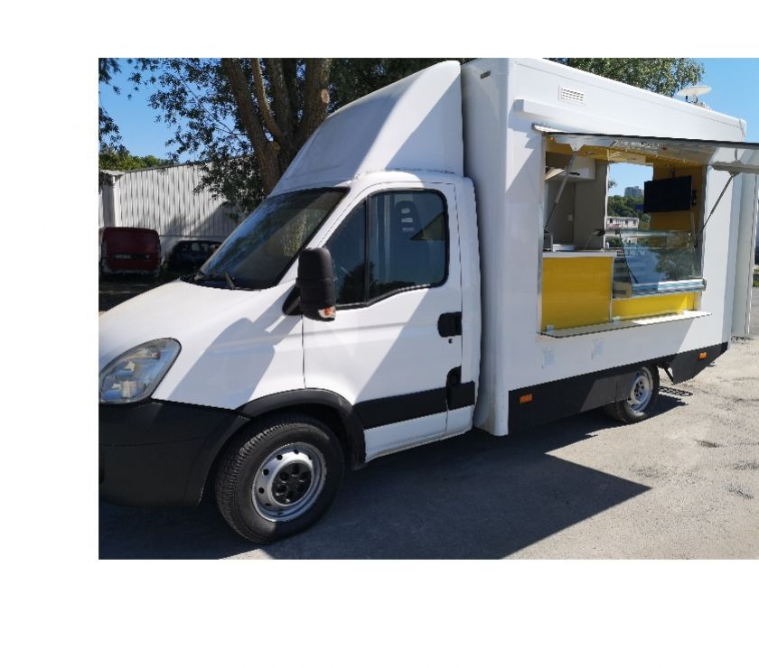 Photos Vivastreet Foodtruck snack camion magasin Iveco
