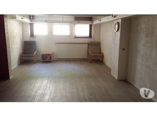 Photos Vivastreet Salle Yoga Bien être pour profs 32m²