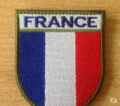 Photos Vivastreet écusson brodé drapeau francais france 7,5x6,5 cm