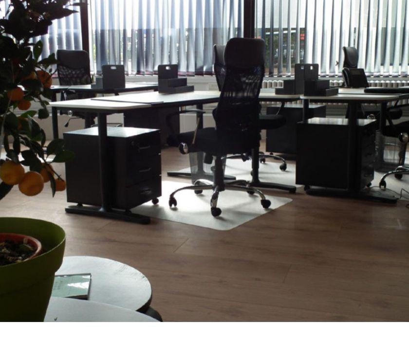 bureaux louer nantes gare nord 1 10 postes de. Black Bedroom Furniture Sets. Home Design Ideas