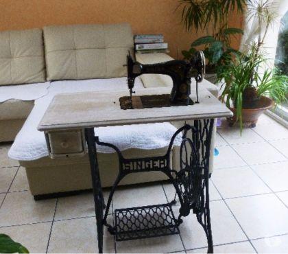 Photos Vivastreet Fauteuil,table de salon,machine a coudre centrifugeuse....