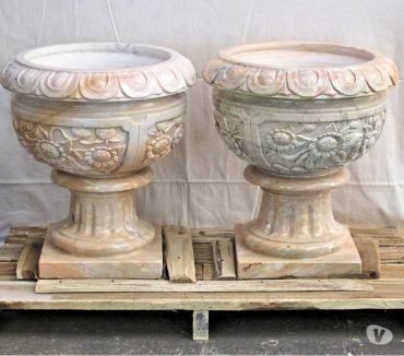 Photos Vivastreet Paire de vases en pierre