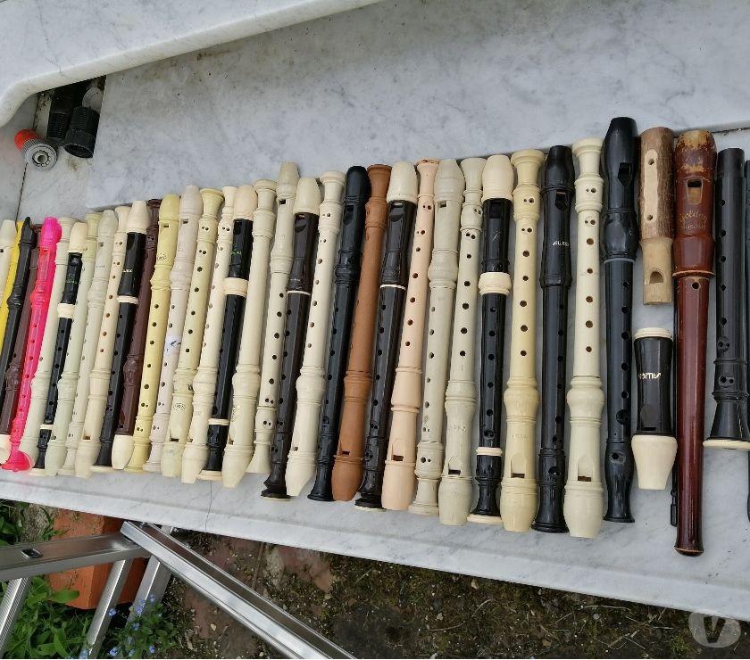 Instruments de musique Val-d'Oise Bernes sur Oise - 95340 - Photos Vivastreet Super Lot De 32 FLUTES A BEC ( Différents Fabricants )!!