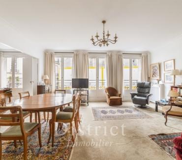 Photos Vivastreet Ile de la Cité. Appartement de 3 chambres de 120m² .