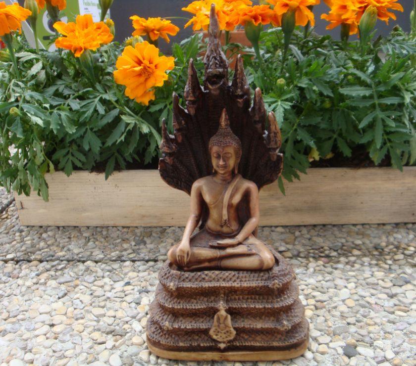 BOUDDHA DE THAILANDE - Lyon - Je vends Bouddha de Thaïlande Etat neuf. Hauteur : 22 cm Socle : 11 cm de large  - Lyon