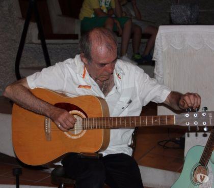 Photos Vivastreet Guitare