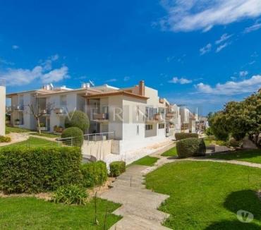 Photos Vivastreet Algarve Carvoeiro à vendre moderne 2 lits Townhouse dans les...