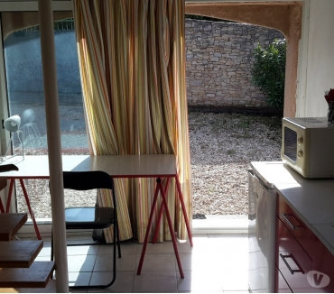 Photos Vivastreet Joli studio proche FAC de Médecine et CHU de Nîmes