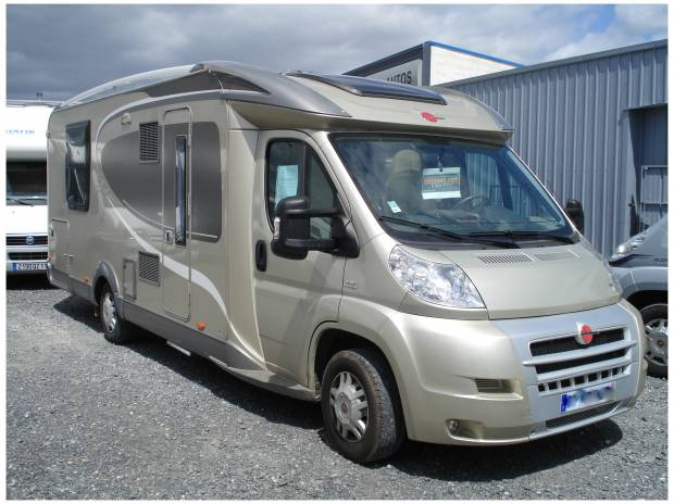 Camping car b rstner privilege t 727 lit central for Garage fiat narbonne