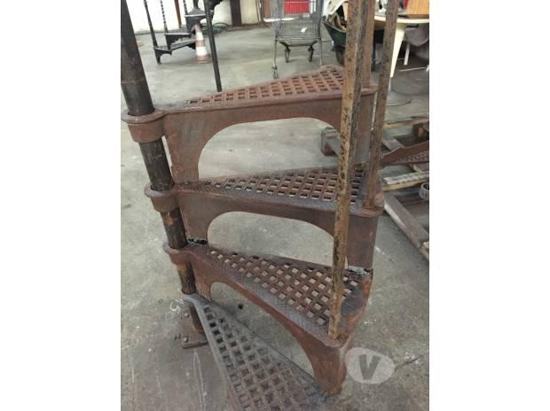 Escalier colima on ancien en fonte l 39 union 31240 mat riel pas cher - Escalier colimacon ancien ...