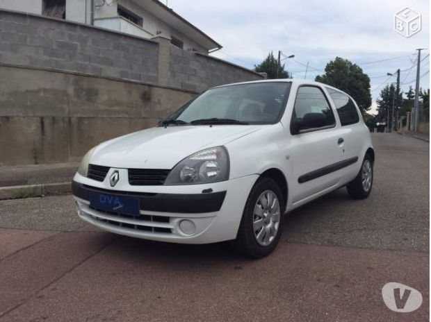 photos vivastreet renault clio ii 1 5 dci ste clim 183 000 km an 2005 ct ok. Black Bedroom Furniture Sets. Home Design Ideas