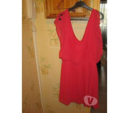 Photos Vivastreet Robe rouge